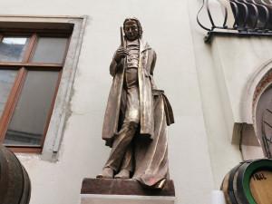 Legendární brněnský sládek Poupě má sochu na Šilingrově náměstí