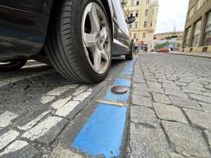 Rezidentní parkování se v Brně od pondělí rozšíří do okolí Špitálky a Trnité