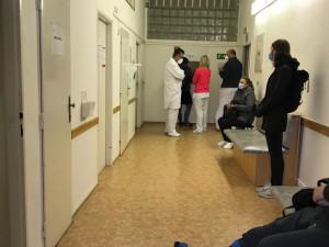 Nemocnice u svaté Anny otevřela druhé odběrové místo na testování koronaviru, pacienti se musí objednat předem