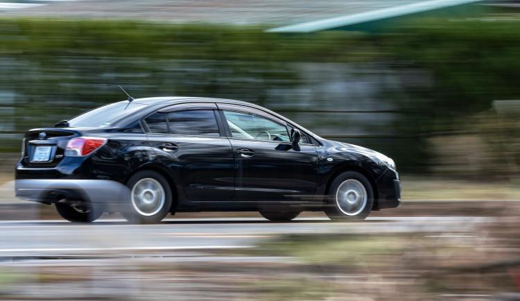 Řidič uháněl stovkou přes Bohunice, údajně spěchal do práce