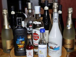 Namol opilá žena chtěla přespat v obchodě nebo odvézt do Brna, nadýchala 4 promile