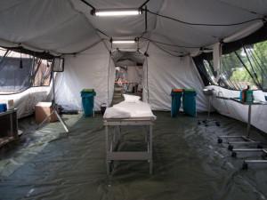 Fakultní nemocnice poskytne speciální lékařský tým pro extrémní situace, postará se o pacienty v záložní nemocnici