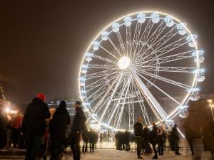 Vánoční trhy v Brně letos budou. Návštěvníci nepřijdou o vánoční stromy ani vyhlídkové kolo