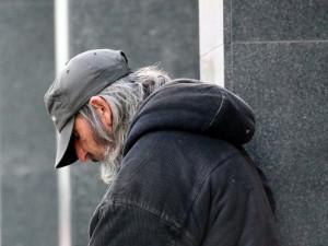 Brněnští bezdomovci našli útočiště v židenických kasárnách. Křesťanský spolek se tam o ně může starat další dva roky