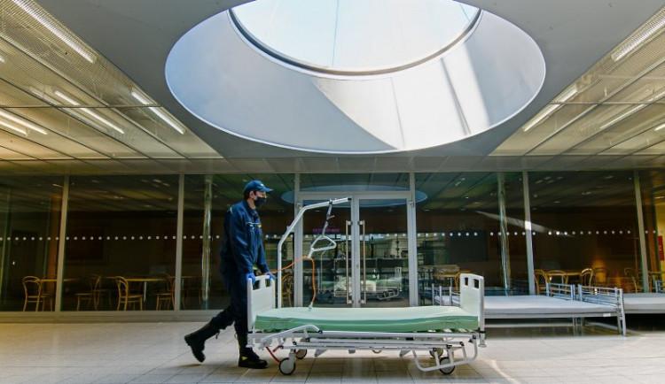Záložní nemocnice na výstavišti přechází až do konce ledna na úsporný režim
