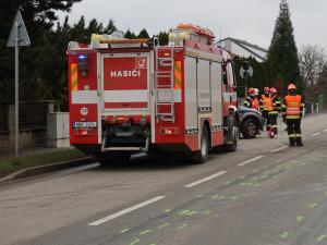 Řidič SUV nedal na výjezdu z Brna přednost kamionu, za chybu zaplatil životem