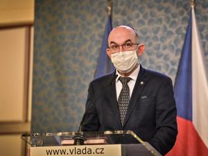Vakcína na koronavirus do Česka dorazí možná už mezi svátky