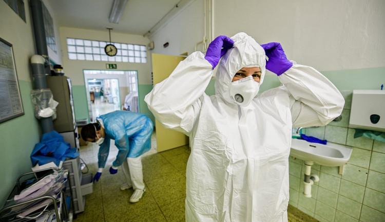 Vánoce a koronavirus na jihu Moravy: PES na čtvrtém stupni, počty nově nakažených ale přibývají