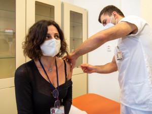 V každém okresním městě jižní Moravy vznikne očkovací centrum. Do domovů pro seniory vyšle kraj speciální týmy