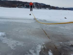 Povodí Moravy varuje před vstupem na led, je tenký