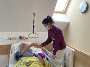 Peči o nemocné nepřerušil ani Covid. Nyní chystají v hospicu sv. Alžběty zavést unikátní službu