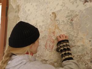 Na hradě Veveří restaurují unikátní nástěnné malby