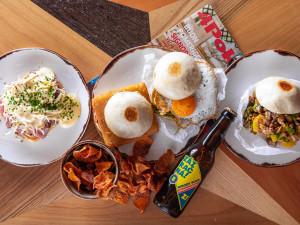 Brněnská rána jsou zase o něco příjemnější, Wolt začal rozvážet snídaně