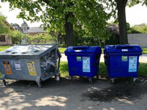 Z Brna zmizely po téměř dvaceti letech drátěné kontejnery na plast