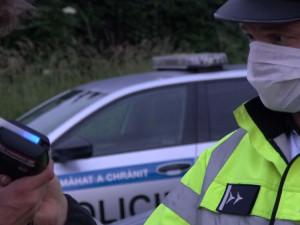 Šestnáctiletý řidič se nafetoval, poté vyrazil se svým mini autem po Brněnsku