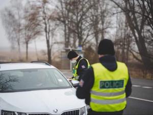 Policie na jihu Moravy řidiče kontroluje na 50 stanovištích