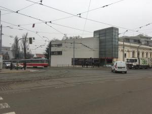 Oprava vodovodu a tramvajové trati u Semilassa omezí řidiče i cestující MHD