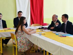 Ústní maturity z češtiny nezrušil covid, ale lidé neschopní myslet