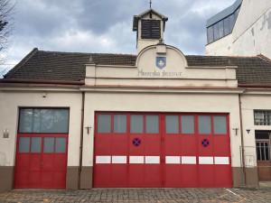 Stará hasička půjde k zemi, žideničtí hasiči touží po nové