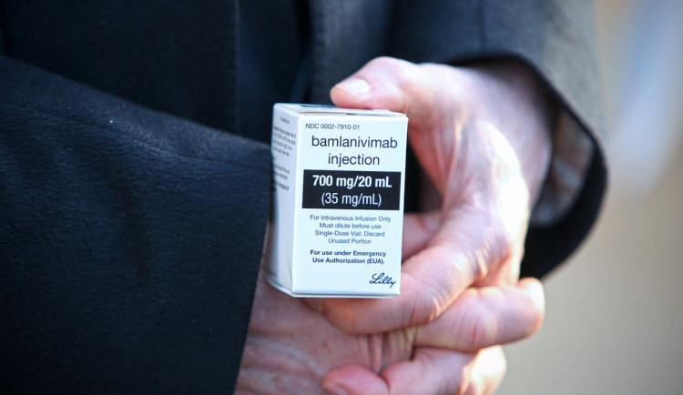 Ve Fakultní nemocnici Brno úspěšně použili lék bamlanivimab, pacient je nyní bez příznaků