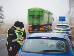 Ministerstvo dopravy plánuje změnu bodového systému, neplatičům pokut bude policie zabavovat značky