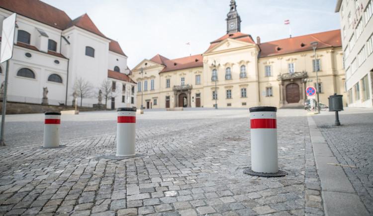 Brno modernizuje obálkovou metodu, nepotřebný majetek bude prodávat přes internet