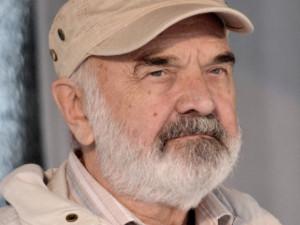 Zdeňka Svěráka, který dnes slaví své 85. narozeniny, proslavil Cimrman i filmy úspěšné nejen v Česku