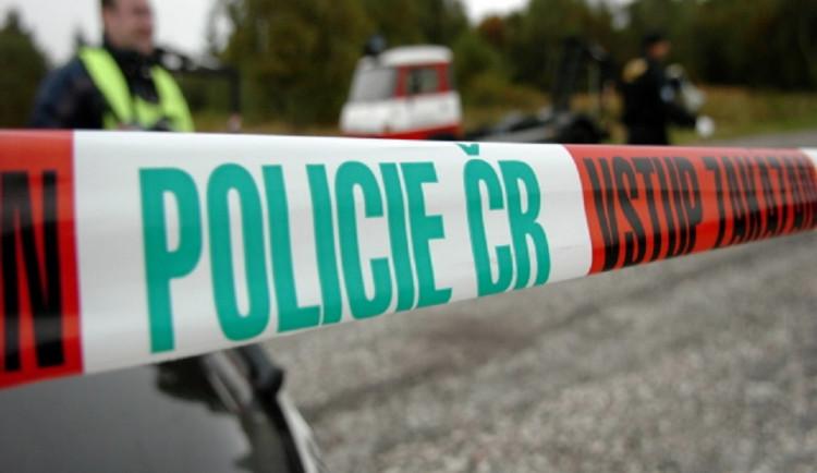 Ve Šlapanicích našli tělo zavražděné ženy, policisté obvinili jejího přítele