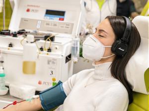 Darujte krevní plazmu a pomozte v boji s koronavirem