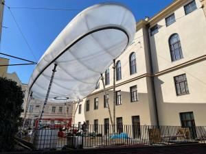 V Uměleckoprůmyslovém muzeu roste obří mrak, bude součástí nové expozice