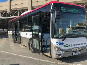 Od pondělí pojedou častěji krajské autobusy, MHD v Brně zůstává u prázdninového režimu