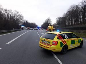 Víkend byl ve znamení vážných nehod, záchranáři nabádají k opatrnosti