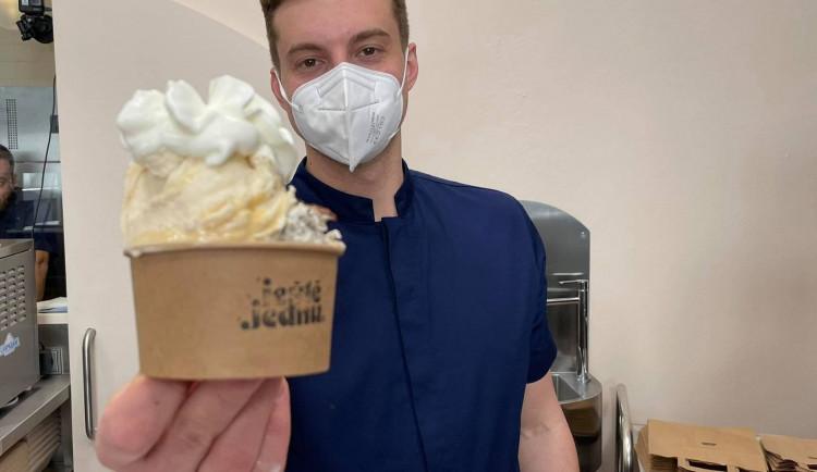 Učil se od italských mistrů v Bologni, dnes v Brně nabízí originální zmrzlinu