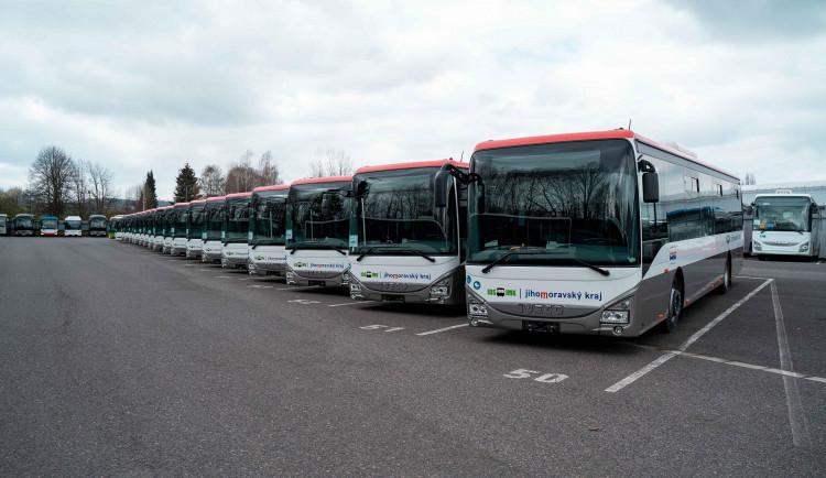 Na jižní Moravu míří nové autobusy, kraj budou reprezentovat jednotnými barvami