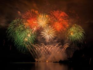 Přehlídka ohňostrojů se letos uskuteční na Špilberku, na Prýgl chodí moc lidí