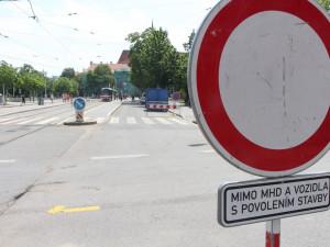 V Brně se řidičům uzavírá část Lidické ulice