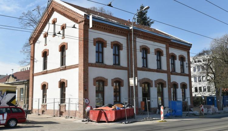 V budově bývalé celnice se zabydlí samoživitelé a jejich děti