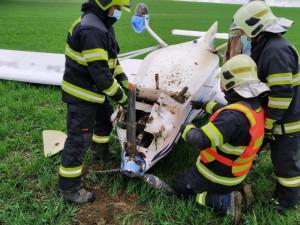 Na Blanensku havarovalo letadlo, pilot je v péči zdravotníků
