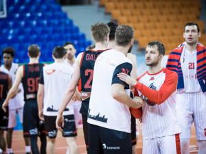 Brněnští basketbalisté si zahrají o bronz, Nymburk slaví postup do finále