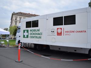 Covid News Brno: Očkování pandemii nevyřeší, smysl ale má