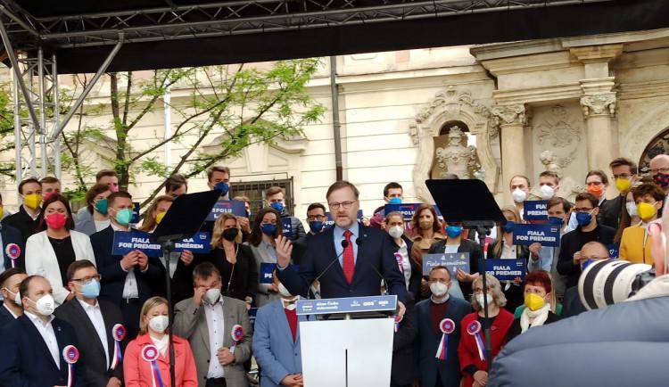 Koalice Spolu zahájila brněnskou kampaň, počasí politikům nepřálo