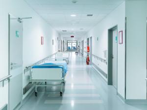 Nemocnice měly mnoho návštěv, někteří neměli potvrzení