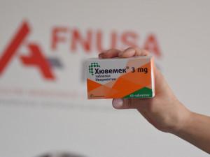 Svatoanenská nemocnice má na skladě tři tisíce balení ivermektinu, zkouší jej vrátit do Bulharska