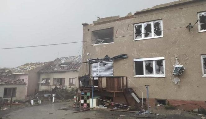 Bouřky na jižní Moravě si podle záchranářů vyžádaly i oběti na životech