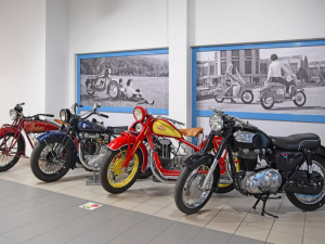 Brněnské muzeum láká na nové přírůstky mezi historickými motocykly