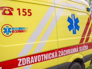 Mladý motorkář zemřel u Drnholce po střetu s dodávkou