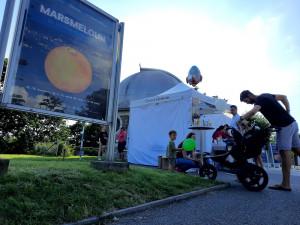 Na hvězdárnu láká kromě obřího Marsmelounui vyšetření mateřských znamének. Vprvních dnech využily bezplatné preventivní akce stovky lidí
