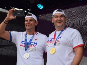 Hoši děkujeme, vítali Brňané olympijské střelce