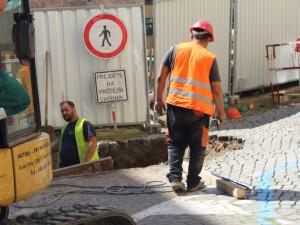 Na Starém Brně se propadla silnice