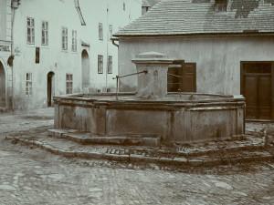 Na znojemské Mikulášské náměstí se vrátí po více než sto letech historická kašna